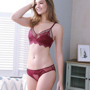 Wirefree Lingerie Bra and Panties Set, Red 6042